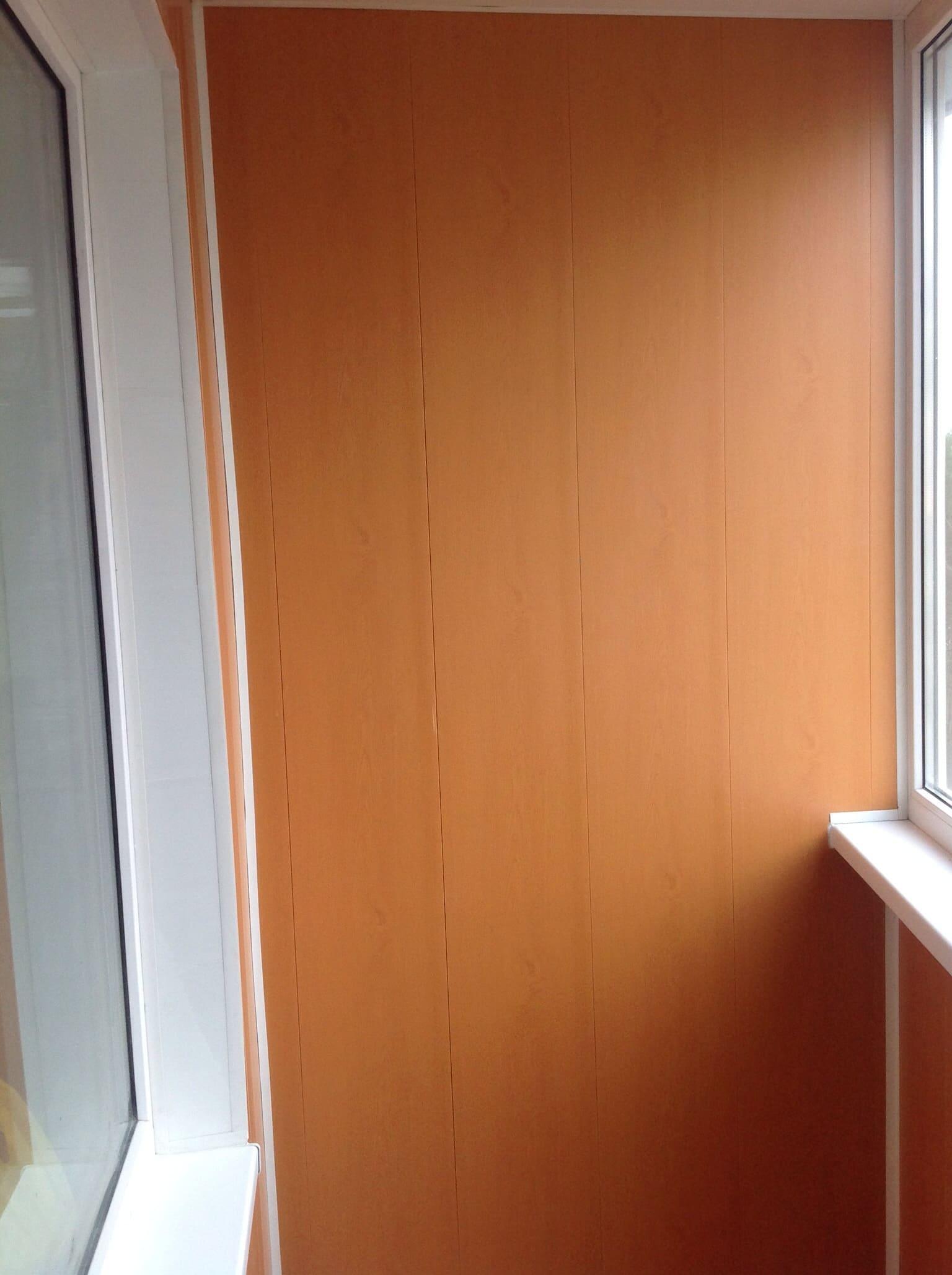 """Восстановление откосов и отделка балкона под ключ """" пластико."""