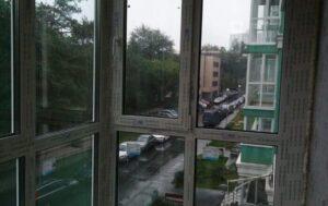 установка пластиковых окон на балкон от пола