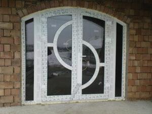 дизайнерские пластиковые двери